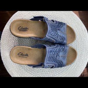 Clarks bendables women's slides sandals
